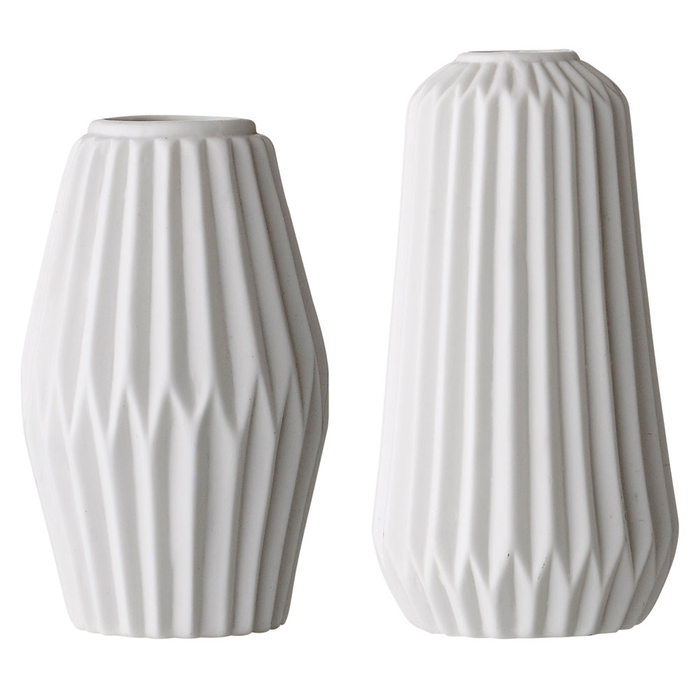 porcelain vase 2pcs white bloomingville bloomingville. Black Bedroom Furniture Sets. Home Design Ideas