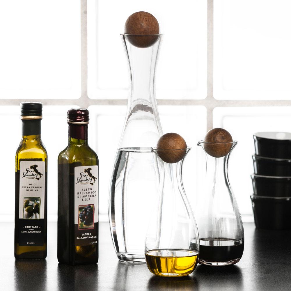 oil vinegar bottle set of 2 sagaform design group. Black Bedroom Furniture Sets. Home Design Ideas
